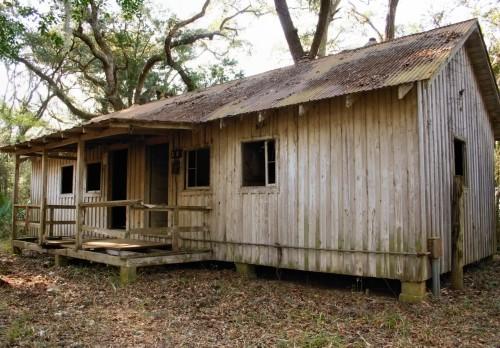 rundown-shack-3